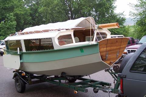Uglyboat Admiration Society Hang Out Page Cruising Anarchy - Bolger micro trawler boats