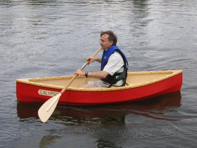 Designing a very short one-person canoe ...